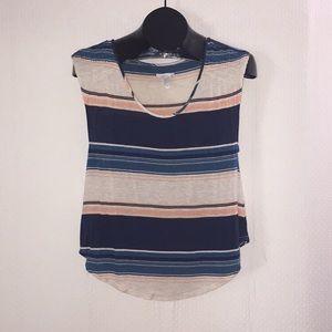 🏄♀️ O'Neill stripe Blouse Size Medium 🏄♀️
